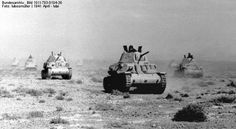 Bundesarchiv Bild Nordafrika, italienische Panzer - Italian Fiat tanks in the North African Campaign in Afrika Corps, North African Campaign, Italian Army, Army Vehicles, Ww2 Tanks, Panzer, War Machine, World War Two, Wwii