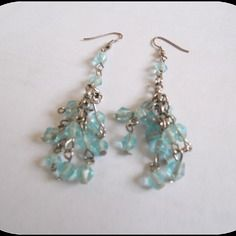 Boucle d'oreille perle bleu turquoise