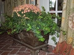 The French Tangerine: ~ mums the word
