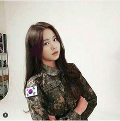 Kim So Hyun Fashion, Korean Couple Photoshoot, Hyun Ji, Kim Sohyun, Kim Yoo Jung, Korean Fashion Trends, Korean Actresses, Sooyoung, Ulzzang Girl
