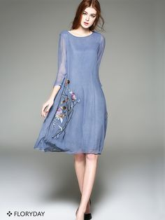Cotton Floral 3/4 Sleeves Knee-Length Casual Dress A comfortable cotton casual dress with delightful floral print couldn't be more perfect for summer.