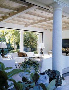 Lars Bolander | white + ceiling + pillars