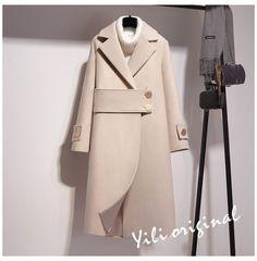 Winter Fashion Outfits, Hijab Fashion, Stylish Outfits, Cool Outfits, Iranian Women Fashion, Winter Mode, Winter Coats Women, Mode Vintage, Mode Inspiration