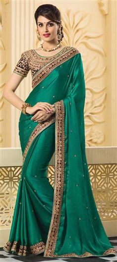 Sarees Online: Shop the latest Indian Sarees at the best price online shopping. From classic to contemporary, daily wear to party wear saree, Cbazaar has saree for every occasion. Blue Silk Saree, Green Saree, Art Silk Sarees, Georgette Sarees, Indian Dresses, Indian Outfits, Look Fashion, Indian Fashion, Fashion Wear