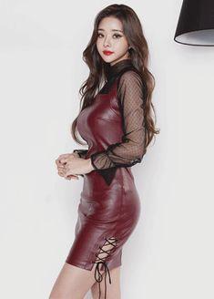 Tight Dresses, Sexy Dresses, Asian Fashion, Girl Fashion, Sexy Outfits, Fashion Outfits, Leather Dresses, Cute Asian Girls, Beautiful Asian Women