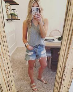 Summer Shorts Outfits, Casual Summer Outfits, Short Outfits, Spring Outfits, Trendy Outfits, Fashion Outfits, Fashion Clothes, Summer Outfits For Moms, Woman Outfits