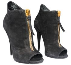 Get the must-have boots of this season! These Giuseppe Zanotti Black Suede Nubuck Open Toe Ankle Boots/Booties Size EU 37 (Approx. Open Toe Boots, High Heel Boots, Wedge Boots, Ankle Booties, Bootie Boots, Suede Booties, Designer High Heels, Giuseppe Zanotti Heels, Fashion Sandals