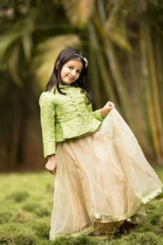 New Model Kids Party Wear Dress Collections Kids Party Wear Dresses, Kids Dress Wear, Kids Gown, Little Girl Dresses, Baby Dress, Girls Dresses, Dresses Dresses, Summer Dresses, Kids Indian Wear