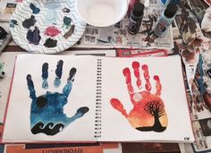 Imagen de art, hands, day and night