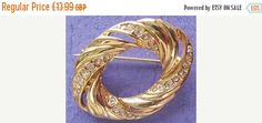 Summer Reductions Vintage 1980s Shimmering Diamantes Oval Brooch by vintageretrojewels on Etsy