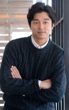 Gong Yoo interview goes viral: Gossip gravy train rolls on as Goblin star rules hearts Kim Namjoon, Kim Taehyung, Asian Actors, Korean Actors, Goblin Gong Yoo, Tv Series 2013, Lead Men, Yoo Gong, Goong