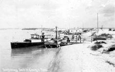Temporary dock in Casey's Pass - Venice, Florida