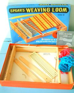 Spear's Wooden Weaving Loom Size 2 Vintage 1950s Toy