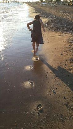 Footmarks on sand