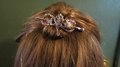 Give your hair some royal treatment with this Princess Tiara flexi clip!