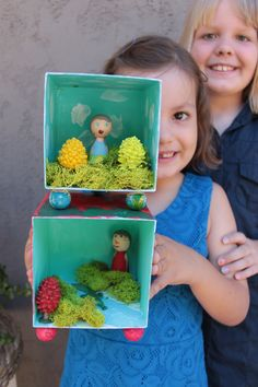 Crafternoons at The Makery: playful shadow boxes.