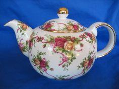 Royal Albert Old Country Roses Large Teapot Ruby Celebration Teapot Tea Pot