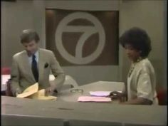WXYZ Detroit: June 11, 1984: News Promos and Bumpers Originally aired on Monday evening, June 11, 1984. Bill Bonds and Diana Lewis preview the newscast and there are two bumpers with the station's call letters. WXYZ was an O&O and still an affiliate of ABC in Detroit, Michigan