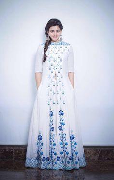 Samantha Prabhu in Floral Embroidered Chanderi High Slit Anarkali