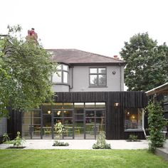 A Vawdrey House image of The Avenue. Aluminium doors rather than steel.