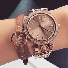 I'm not a huge watch fan but this is gorgeous!!