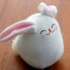 Make this adorable, easy-to-sew bunny!