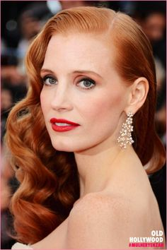 <3 Old Hollywood hair - Jessica Chastain