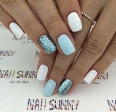 White pastel blue and glitter nails. Blanc bleu pastel et ongles brillants. Ongles modernes et chics Chic ongles courts. White Nail Designs, Short Nail Designs, Gel Nail Designs, Nails Design, White Nails With Design, Light Blue Nail Designs, Glitter Nail Designs, Anchor Nail Designs, Colorful Nail Designs