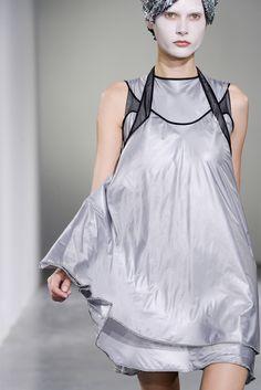Sfilata Junya Watanabe Parigi - Collezioni Primavera Estate 2013 - Vogue