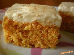 Vynikající mrkvové řezy Czech Recipes, Ethnic Recipes, Sweet Recipes, Healthy Recipes, Sweet Cakes, Carrot Cake, Vanilla Cake, Baking Recipes, Macaroni And Cheese