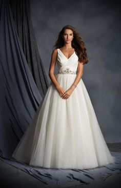 Alfred Angelo Bridal 2495 Alfred Angelo Bridal Collection Elegant Xpressions Sioux Falls South Dakota, Sherri Hill Dresses, Allure Wedding Gowns, best bridal store Sioux Falls