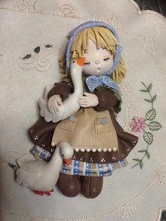 NIÑA Girl with geese polymer clay