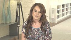 サラ・ブライトマン - インタビュー『感動のヴォーチェ~サラ・ブライトマン・ビューティフル・ソングス』について Love the simplicity of Sarah, She captivates me :)