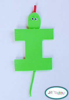 Cute ABC crafts- Her blog is super cute too. She has Fun Food Fridays. Check it out.