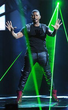Usher, AMA Show