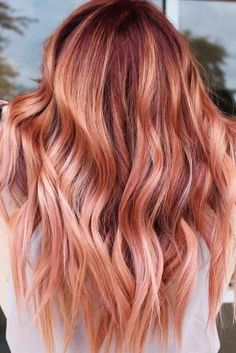 Coral Copper Layers ❤ Spring hair colors are going to change this year, and you should better be aware of all the recent hair trends to look your absolute best when the season hits. New Hair Color Trends, Color Your Hair, Red Hair Color, Cool Hair Color, Hair Colors, Hair Trends, Red Ombre Hair, Strawberry Blonde Ombre, Coral Hair