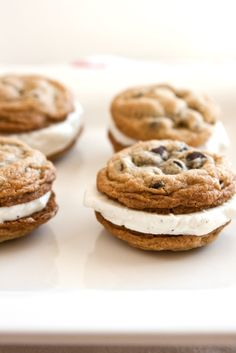 ❥ Gluten Free Chocolate Chip Cookies {recipe}... and ice cream sandwiches!
