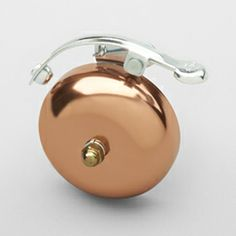 Copper bike bell for all the pedal pushers I know Pimp Your Bike, Bicycle Shop, Bicycle Bell, Bicycle Safety, Bicycle Race, Fat Bike, Cycle Chic, Cool Bike Accessories, Bronze