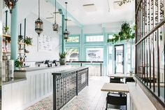 Media Noche - Get The Look Of The Freshest Restaurant Designs - Photos