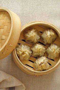 Receta de dim sum y shrimp lo mein - Snack Recipes, Cooking Recipes, Snacks, Comida India, Dim Sum, China Food, Oriental Food, Tasty, Yummy Food