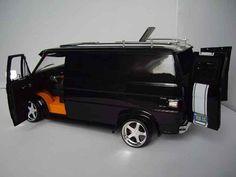 Chevrolet Van black Highway 61 diecast model car 1/18 - Buy/Sell Diecast car on Alldiecast.us