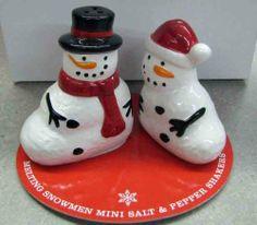 Hallmark Christmas DIR2405 Melting Snowmen Mini Salt & Pepper Shakers . $8.76