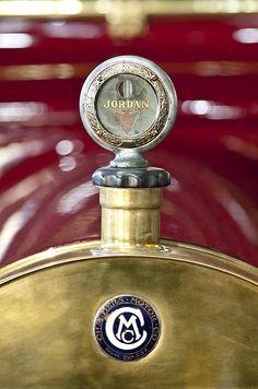 1913 Chalmers Model 18 Jordan MotoMeter by Jill Reger Vintage Gifts, Vintage Cars, Antique Cars, Car Badges, Car Logos, Car Hood Ornaments, Car Radiator, Automobile Companies, Vintage Iron