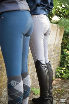 Riding Breeches, Riding Pants, Mädchen In Leggings, Leggings Fashion, Equestrian Outfits, Equestrian Style, Jennifer Lopez Bikini, Pinup Photoshoot, Cowgirl Jeans