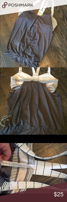 """Lululemon Gray & Striped Tank Bra 12 Fun & flattering athletic tank with matching striped bra built in. Adjustable waist, drawstring has cute Lulu scuba decal. Gently used, the only notable wear is on the straps, they aren't as white as they were brand new and there are a few small marks. Always gentle washed on cold & flat dried - just doesn't fit me anymore. Bottom of bra is 15"""" unstretched, apps 26.5"""" long. lululemon athletica Tops Tank Tops"""