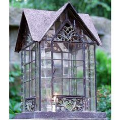 Devonshire Lantern    Echo Valley's Devonshire Lantern is a perfect lantern to be on top of tables or decks. Use with a tea light or votive candles.