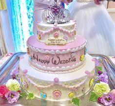 卒花嫁の「ayaka_land」さまは、2016年10月22日に神戸にあるデゼーロにて、ディズニーウェディングを行われました。ラプンツェルカラーでコーディネートされた会場内は、プリンセス気分が高まる夢の世界♡ディズニーウェディングをお考えの方は、ぜひ参考にしてくださいね♡