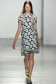 See all the Collection photos from Suno Spring/Summer 2014 Ready-To-Wear now on British Vogue Fashion Prints, Love Fashion, Runway Fashion, High Fashion, Fashion Show, Womens Fashion, Fashion Design, Beautiful Outfits, Ready To Wear