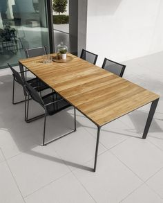 Dining tables | Garden tables | Carver | Gloster Furniture. Check it out on Architonic