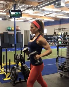 """11.3k Likes, 218 Comments - Alexia Clark (Alexia Clark) on Instagram: """"Ultimate Upper Body Workout! 1. 15 each side 2. 20 reps 3. 12 reps each 4. 15 reps each 5. 12…"""""""